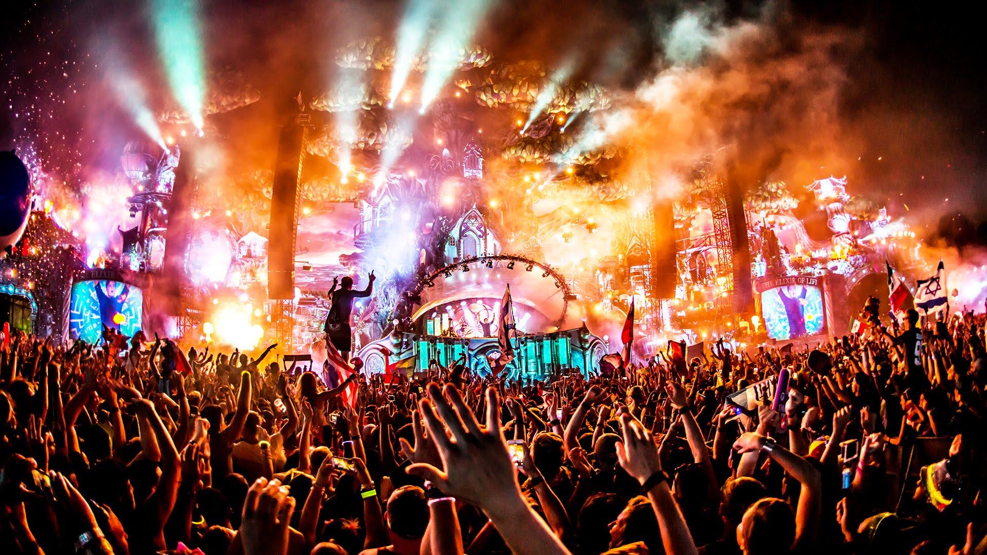 Tomorrowland покоряют российские продюсеры и DJ