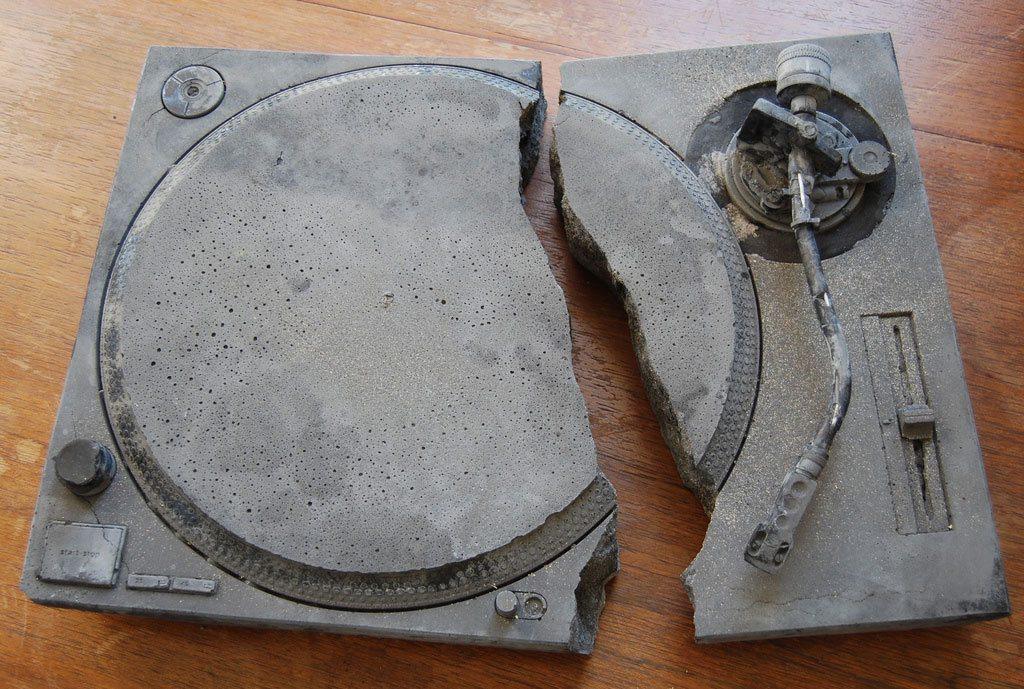 broken-technics