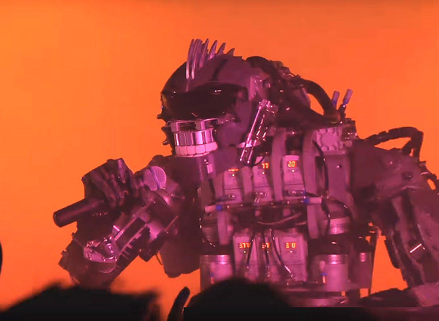 Когда ты робот, но мечтал играть в группе