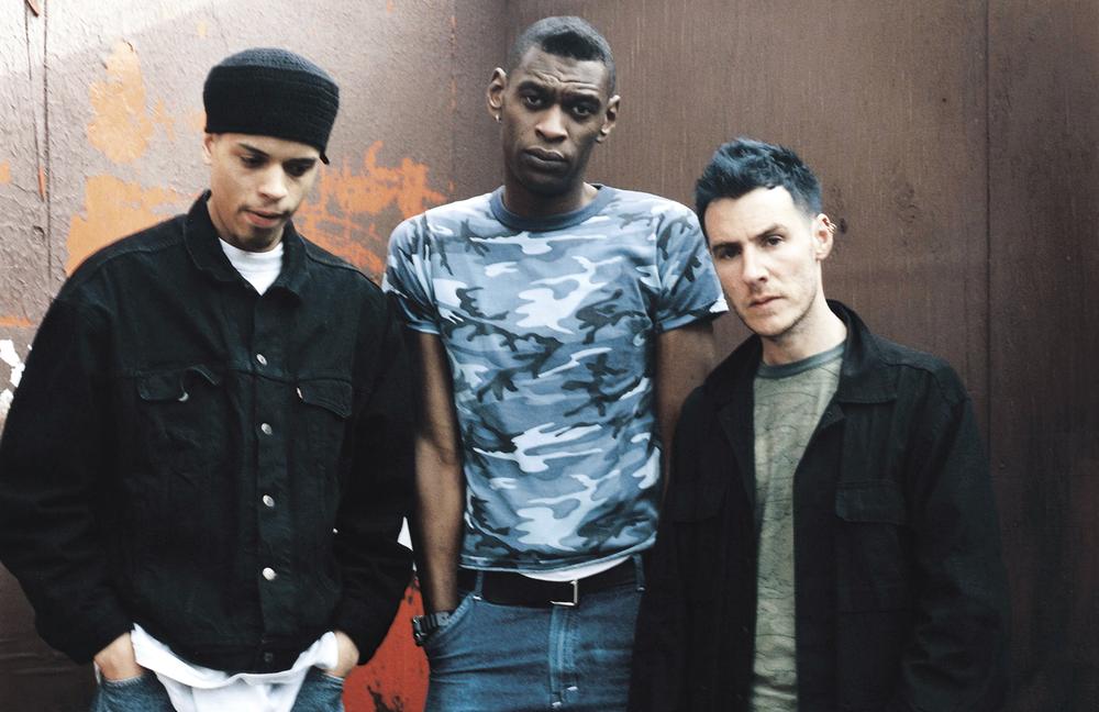 Massive Attack -трио британских рэпперов